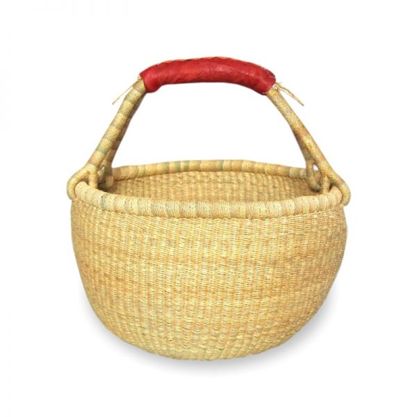 Medium round natural baskets. Perfect for shopping, garden, around the home or decorations. Handmade in Ghana.