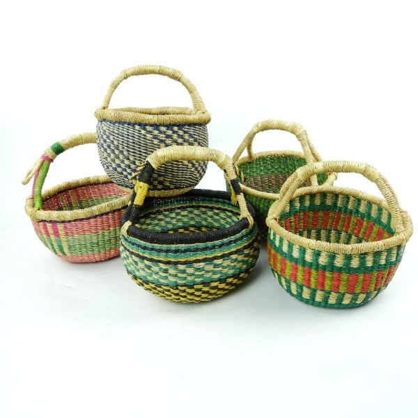 Super cute, super stylish, and vegan-friendly! Natural and ethical hand-woven baskets direct from Ghana. Perfect for shopping!